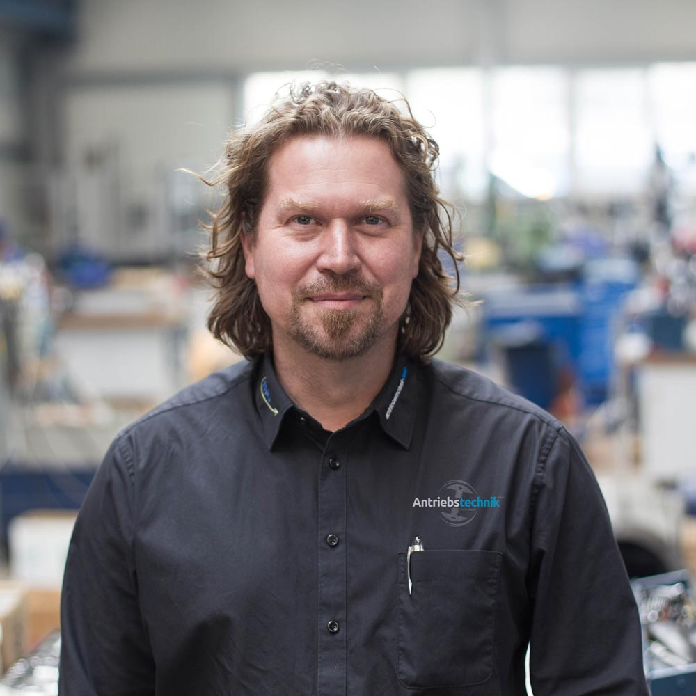 Robert Melzer Geschäftsführer Antriebstechnik Halle GmbH